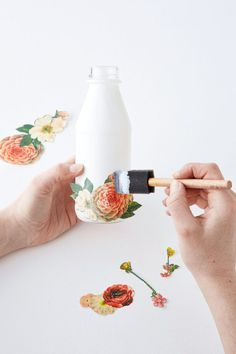 Decoupage a bottle - DIY Floral Vase