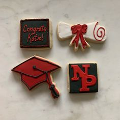 More graduation cookies!     #cookies #royalicing #graduation #graduationcookies #decoratedcookies #cookiedecorator #desmoines #desmoinesiowa #yum #thesweetestthing