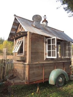 rustic vintage tiny house on wheels. More photo's at: http://tinyhousetalk.com/rustic-tiny-house-on-wheels/