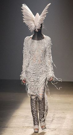costume inspiration Paris Fashion Week: Gareth Pugh Spring 2010