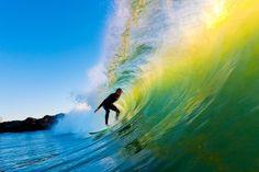 """Você sabia que o Brasil possui algumas das melhores praias do mundo para a prática do surfe? Isso mesmo! Pode-se dizer que o país está entre os sete melhores do mundo para aqueles que curtem deslizar sobre as ondas. Como a variedade de praias brasileiras próprias para a prática do surfe é muito grande, fizemos...<br /><a class=""""more-link"""" href=""""https://viagem.catracalivre.com.br/brasil/roteiro-viagem/indicacao/as-10-melhores-praias-para-surfar-no-brasil/"""">Continue lendo »</a>"""
