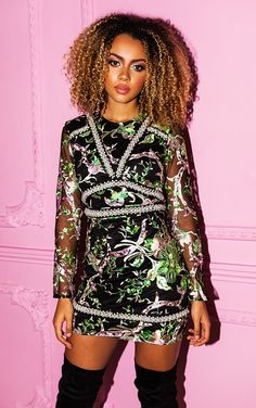 fe0330f387 128Premium Green Embroidered Floral Long Sleeve Bodycon Dress Bodycon Dress  With Sleeves