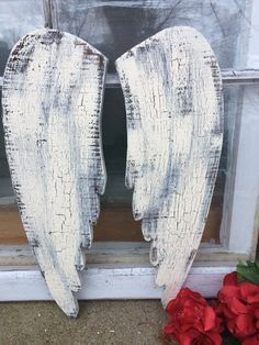 Rustic wooden angel wings,angel wings, white with crackle finish, rustic angel wings Wood Angel Wings, Angel Wings Wall Decor, Wooden Angel, Angel Decor, Christmas Wood, Christmas Projects, Shabby Chic Angel Wings, Wooden Crafts, Diy Crafts