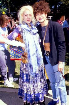 """mabellonghetti: """""""" Christina Applegate and Tracey Ullman at Henry Winkler's Annual Brunch to Celebrate the Seventh Annual Celebrity Day at MacLaren Children's Center on March 1988 in Toluca Lake, California. Tracey Ullman, Toluca Lake, Christina Applegate, 80s Aesthetic, Brunch, Kimono Top, March, Celebrity, California"""