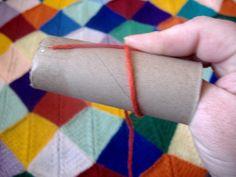how to wind a center-pull ball of yarn using a toilet paper cardboard center. ✿Teresa Restegui http://www.pinterest.com/teretegui/✿