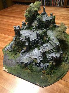 Fort in Ruins --- do up as bonsai / fairy garden / living plants version. Terrain 40k, Warhammer Terrain, Game Terrain, Wargaming Terrain, Landscape Model, Fantasy Landscape, Model Castle, 3d Modelle, Modelos 3d