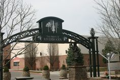 The Shops At Riverwoods