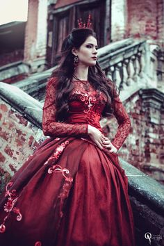 Tatiana Quetzal - Fashion - Photography - Fantasy - Enchanted - Regal - Queen - Red - Queen Of Hearts - Alice In Wonderland - Couture - Dress