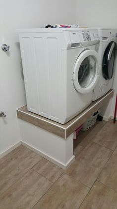 Need this for our laundry room but we might be too short to look into the top load washer :)