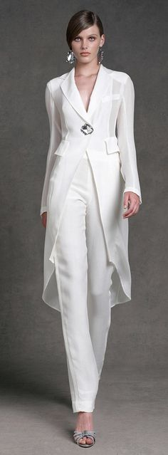 "Donna Karan - White slacks and long sleeved shirt. Sleek Clean Lines - No PUCKERING due to a ""POOR CUT"" here!"