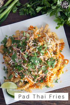 Vegan pad thai fries