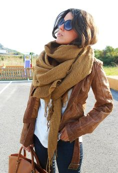what a great fall look! I love the big scarf with the leather jacket. I've always wanted a brown leather jacket Mode Outfits, Fashion Outfits, Womens Fashion, Fashion Scarves, Fashion Clothes, Women's Clothes, Ladies Fashion, Stylish Outfits, Outfits 2016