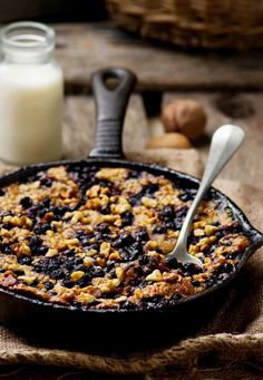 Baked Oatmeal in a pig-iron frying pan by IFTTT Cooking Recipes, Healthy Recipes, Baked Oatmeal, Food Photo, Granola, Healthy Lifestyle, Clean Eating, Food And Drink, Snacks