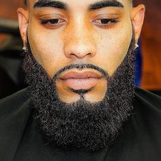 23 Black Men Beards – Top Beard Styles For Black Guys – Dessins de Barbe. Black Men Beards, Handsome Black Men, Men In Black, Black Guys, Long Beards, Best Black, Beard Styles For Men, Hair And Beard Styles, Goatee Styles