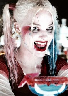 """jared-or-die: """" hesmypuddin: """" harleyquinnsquad: """" ♦ Harley Quinn in Suicide Squad 2016 """" pretty girl """" """" Harley Quinn Halloween, Harley Quinn Comic, Harley Quinn Cosplay, Joker And Harley Quinn, Margot Elise Robbie, Margot Robbie Harley Quinn, Margo Robbie, Will Turner, Harley Quinn Drawing"""