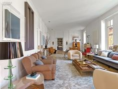 Achille Salvagni Rome Apartment [This whole apart,et is beautiful and creative ]