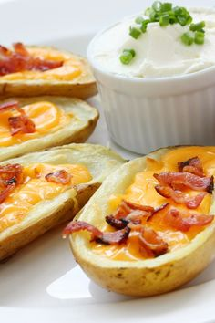 Best Twice-Baked Potatoes with Bacon, Cheddar Cheese & Sour Cream #Recipe