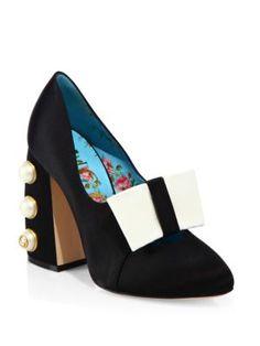 e8e1eded21125 GUCCI Luna Studded Block Heel Satin Pumps.  gucci  shoes  pumps