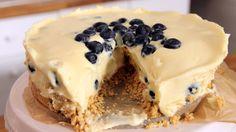 Υπέροχο cheesecake λευκής σοκολάτας χωρίς ψήσιμο. Μια εύκολη συνταγή, δείτε και το βίντεο της εκτέλεσης της συνταγής βήμα-βήμα, για ένα δροσερό, ελαφρύ και