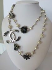 CHANEL 12P MATTE SILVER ANTHRACITE ROCK CRYSTAL PEARL NECKLACE