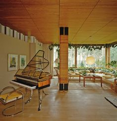 THE FINNISH FRANK LLOYD WRIGHT Architect Alvar Aalto created a country escape that's a love letter to the woodlands.