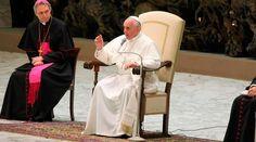 VATICANO, 17 Oct. 15 / 07:49 am (ACI).-  https://www.aciprensa.com/noticias/papa-francisco-en-la-iglesia-la-unica-autoridad-es-el-servicio-y-el-unico-poder-la-cruz-45686/