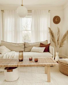 living room inspiration Image may contain: people sitting, table and indoor Boho Living Room, Home And Living, Living Room Decor, Cozy Living, Living Room Curtains, Cute Living Room, Decor Room, Modern Living, Bedroom Decor