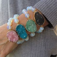 Catch a few eyes with one of these genuine Druzy bracelets on your wrist! 81% Off - $11.50 with FREE shipping! #HalfOffDeals #GenuineDruzyBracelet #DruzyBracelet #Druzy #GenuineDruzy #Bracelet #Jewelry #GiftsForHer