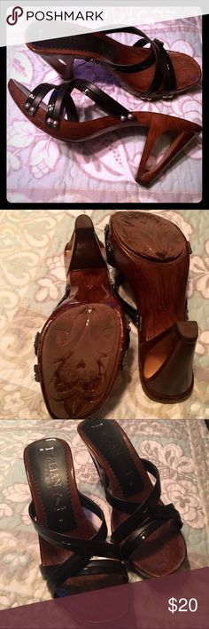 """Italian Shoemakers size 7 made in Italy Darling shoes, wood with soft leather straps and silver accents. In great condition! Approx 4"""" heels. Italian Shoemakers Shoes Heels"""
