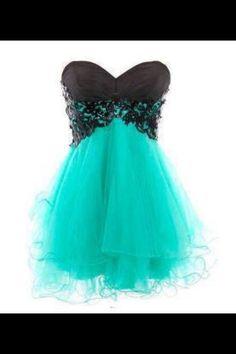 Beautiful dress!:)