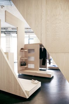 COS pop up store - Like the puzzle feel of the fixtures