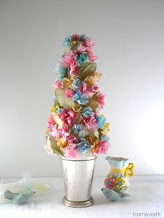 Perfect for a brunch or shower.  Simply made of napkins!