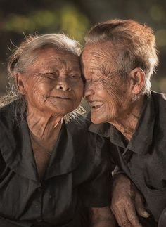 Trademark Global Sarawut Intarob Long Love Canvas Art - 20 x 25 Older Couples, Love Canvas, Canvas Art, Canvas Size, Growing Old Together, Old Faces, Old Love, Aging Gracefully, Photojournalism