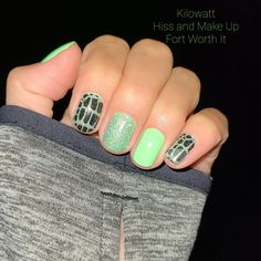 Nail Polish Strips, Color Street Nails, Beauty Hacks, Beauty Tips, Color Mixing, Make Up, Nail Ideas, Future, Inspired
