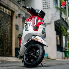 Yamaha Scooter, Vespa Scooters, Scooter Custom, Tricycle, Motorcycle, Mottos, Duke, Vehicles, Star