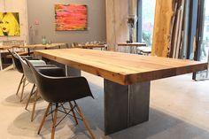 Esstisch | Massivholztisch | Eichenholz-Altholz | Tischgestell Stahlwange | Holztisch | Masstisch | Interior | Interiordesign | Architekt | Holzwerk-Hamburg