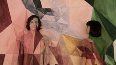 SOMEBODY THAT I USED TO KNOW (gotye, featuring kimbra) by stark raving productions. Mural art, body art, stop motion photography and cinematography all combine together to create this unique music video. Body Painting, Painting Art, Paintings, One Hit Wonder, Black Books, Music Therapy, Stop Motion, Musical, Love Songs