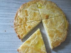 Boterkoek - Dutch Butter Cake. Rich, flaky and buttery with a hint of almond. #GayLeaMom