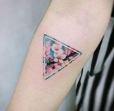 Cherry Blossom Tattoo Artist: 타투이스트_원석 TattooistWonseok ∥ SEOUL ∥ Submit your tattoo to 900,000 followers here: TATTOOS.ORG