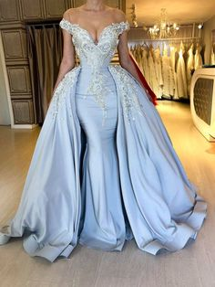blue prom dresses with detachable skirt crystal lace appliqué off the shoulder beaded luxury prom gowns vestido de festa African Prom Dresses, Blue Evening Dresses, Prom Dresses Blue, Mermaid Prom Dresses, Prom Party Dresses, Pageant Dresses, Evening Gowns, Blue Mermaid Dress, Long Dresses