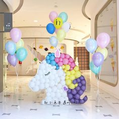 Unicorn children's parties for girls with incredible ideas Unicorn Themed Birthday Party, Baby Girl Birthday, 1st Birthday Parties, Party Decoration, Balloon Decorations, Birthday Decorations, Rainbow Parties, Unicorn Baby Shower, Festa Party