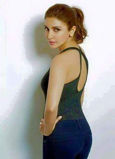 Indian Bollywood Actress, Bollywood Actress Hot Photos, Indian Actress Hot Pics, Bollywood Girls, Beautiful Bollywood Actress, Most Beautiful Indian Actress, Beautiful Actresses, Indian Actresses, Bollywood Stars