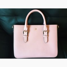 Blush pink Kate Spade bag A beautiful blush pink KS purse with gold accents. Like new; barely used. No stains or wear. Includes longer strap as well.  kate spade Bags Shoulder Bags
