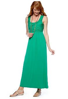 i like the top of this dress and the color