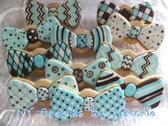 Baby Boy Bow Tie, see more pictures @ : https://www.facebook.com/pages/NY-Cookies-By-Victoria/390369164337852?sk=photos_albums