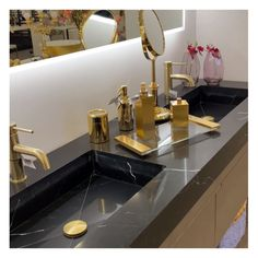 High-end bathroom accessories can give any powder room an upscale look. Shop exclusive contemporary gold bathroom accesories to match your style and budget.⠀ ..⠀ Enjoy Free Shipping on most stuff. We have everythining in stock ansd special deals for professionals. DM us if you have questions!⠀ Easy Bathroom Updates, Simple Bathroom, Interior Design Kitchen, Bathroom Interior, Gold Bathroom Accessories, Modern Farmhouse Kitchens, Special Deals, Powder Room, Budget