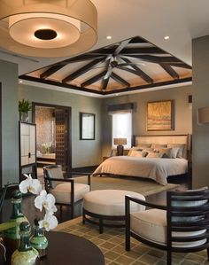 Love the ceiling in the master bedroom