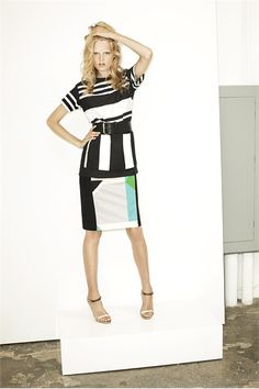This is the perfect business skirt for spring!