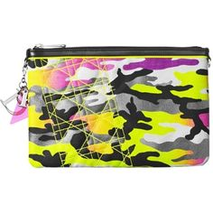 Pre-owned Camouflage Fabric Anselm Reyle Neon Camo Clutch ($616) ❤ liked on Polyvore featuring bags, handbags, clutches, neon camo, preowned handbags, hot pink purse, embroidered purses, neon handbags and bear purse