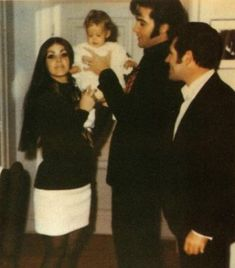 Elvis, his family and friend